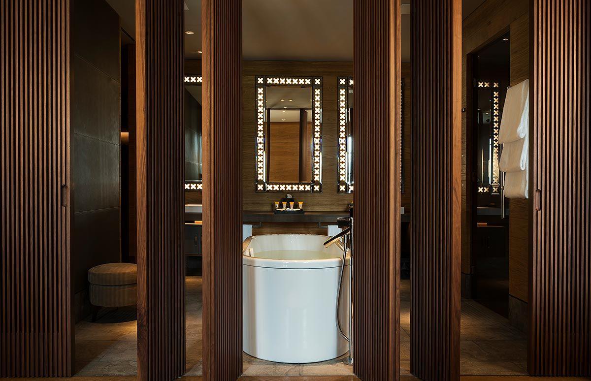 chedi-andermatt-bathtub-suite
