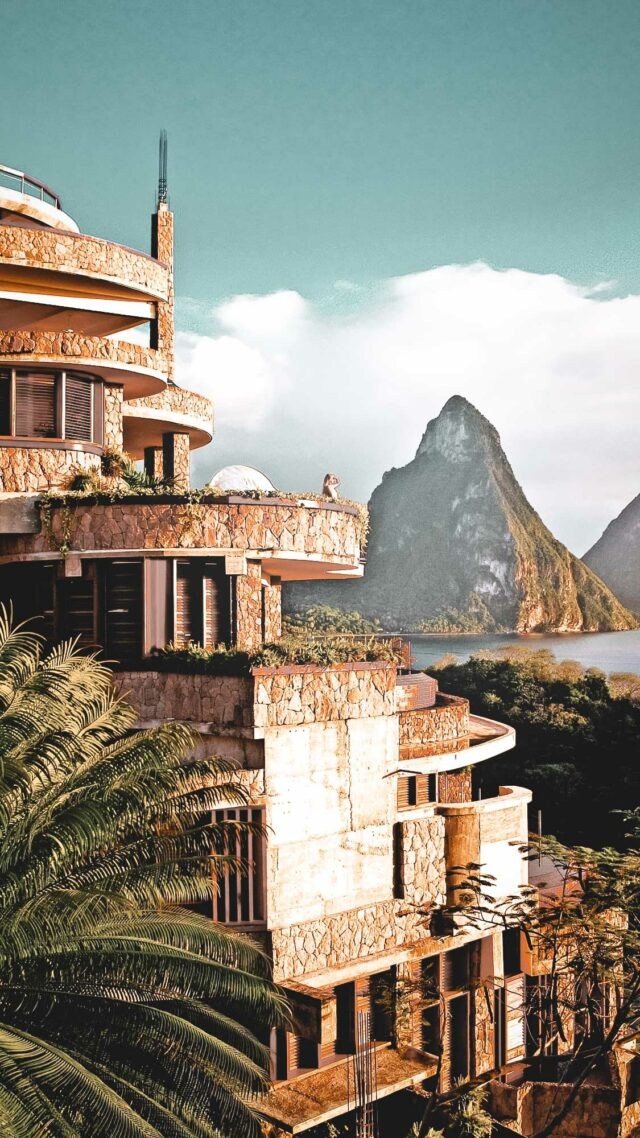 front hotel-jade mountain st. lucia