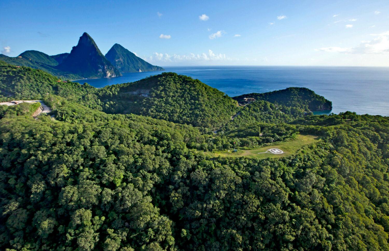 mountain location-jade mountain st. lucia