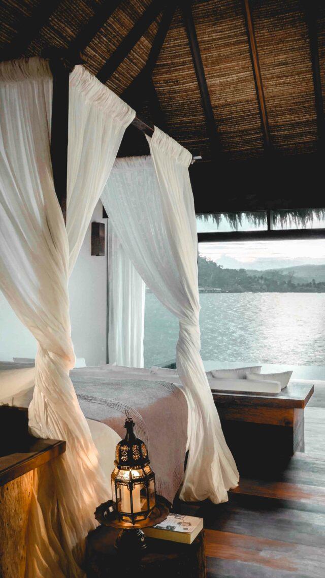 bedroom ocean view-song saa cambodia
