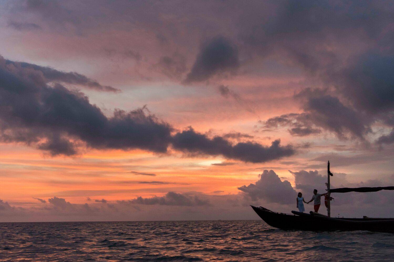 boat cruise sunset-alila villas uluwatu bali