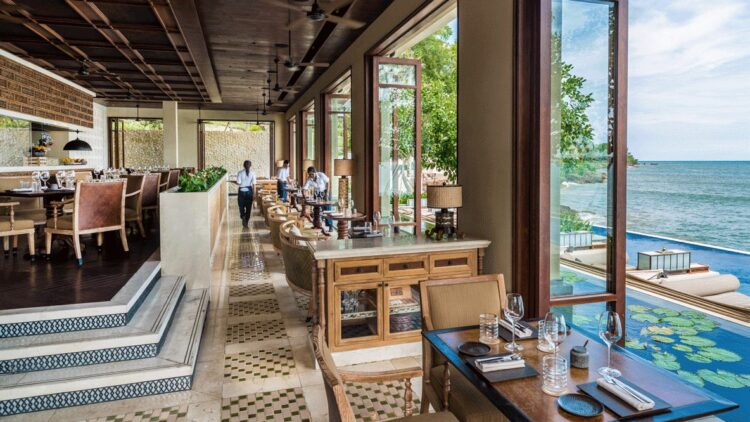 four-seasons-resort-bali-jimbaran-bay-restaurant-ocean-view