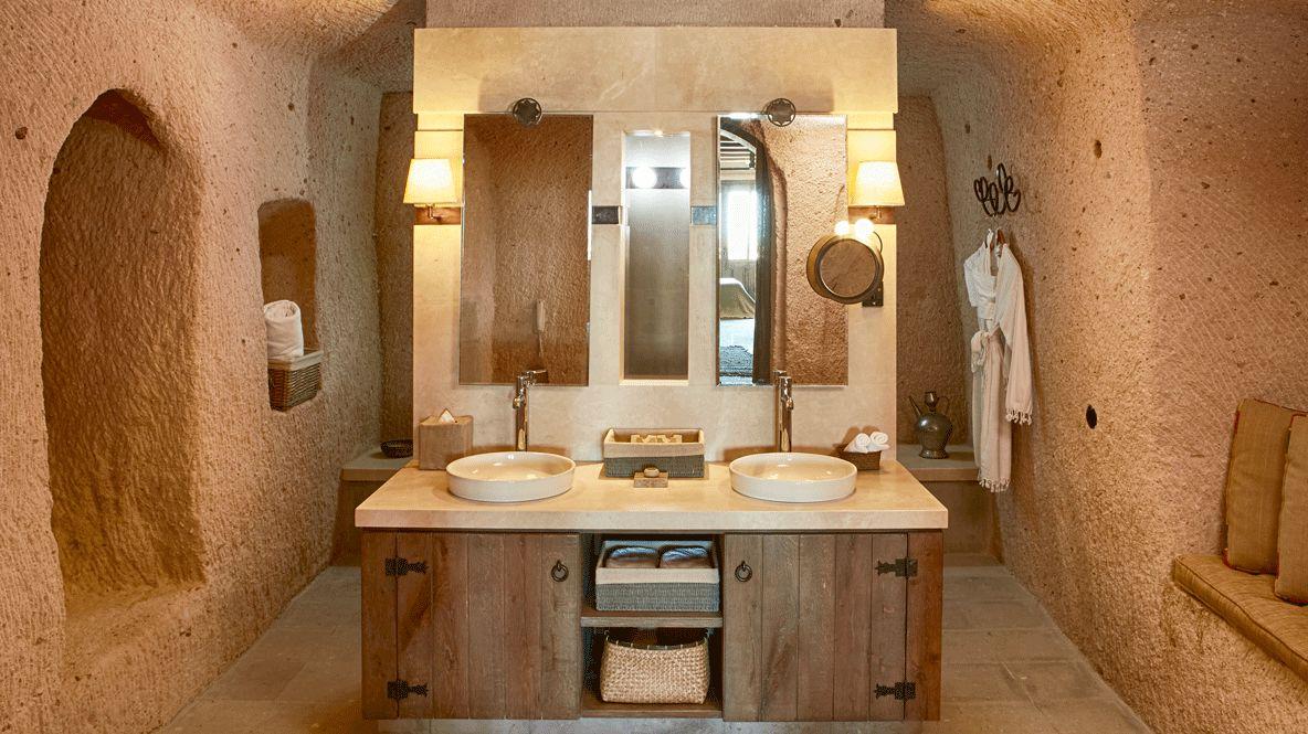 bathroom-argos in cappadocia turkey