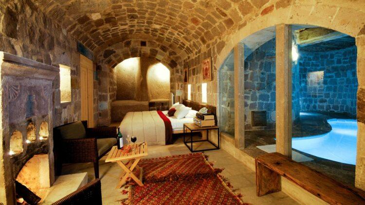 bedroom suite with pool-argos in cappadocia turkey