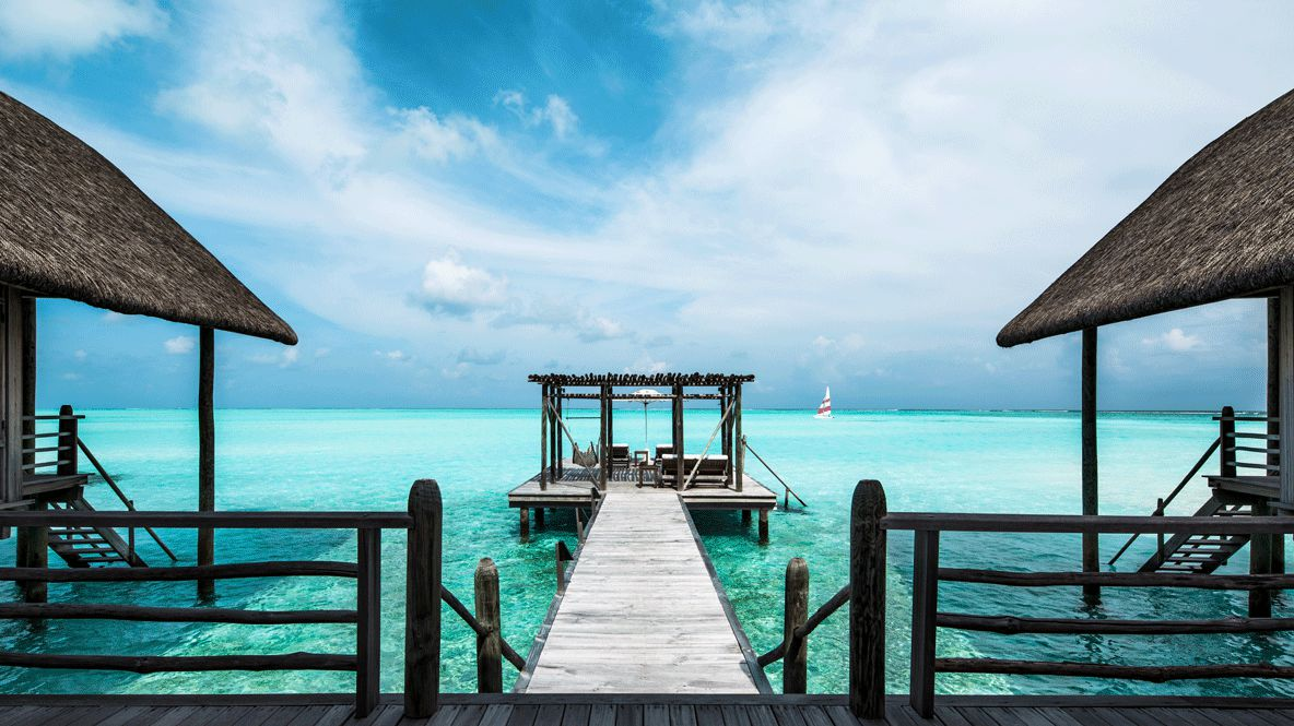 private jetty ocean view-como cocoa island maldives