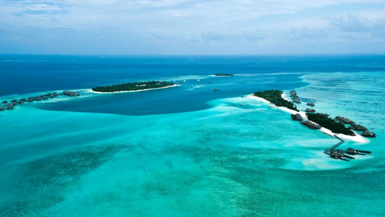 overview island-conrad maldives rangali island