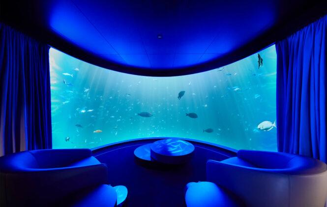 undersea livingroom view-conrad maldives rangali island