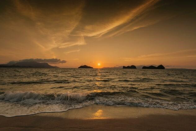 sunset ocean-four seasons langkawi