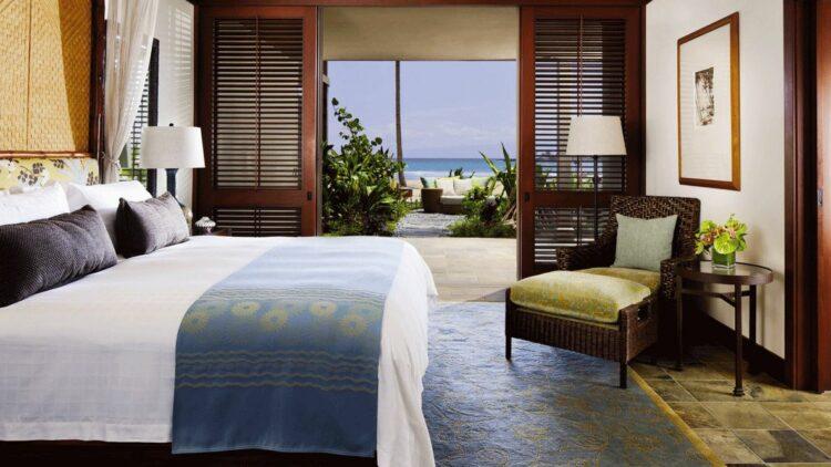 bedroom suite-four seasons resort hualalai hawaii