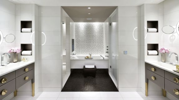 hotels in heaven mandarin oriental paris bathroom luxury white huge bathtub shower