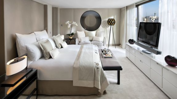hotels in heaven mandarin oriental paris bedroom indoor luxury white modern view bed tv window