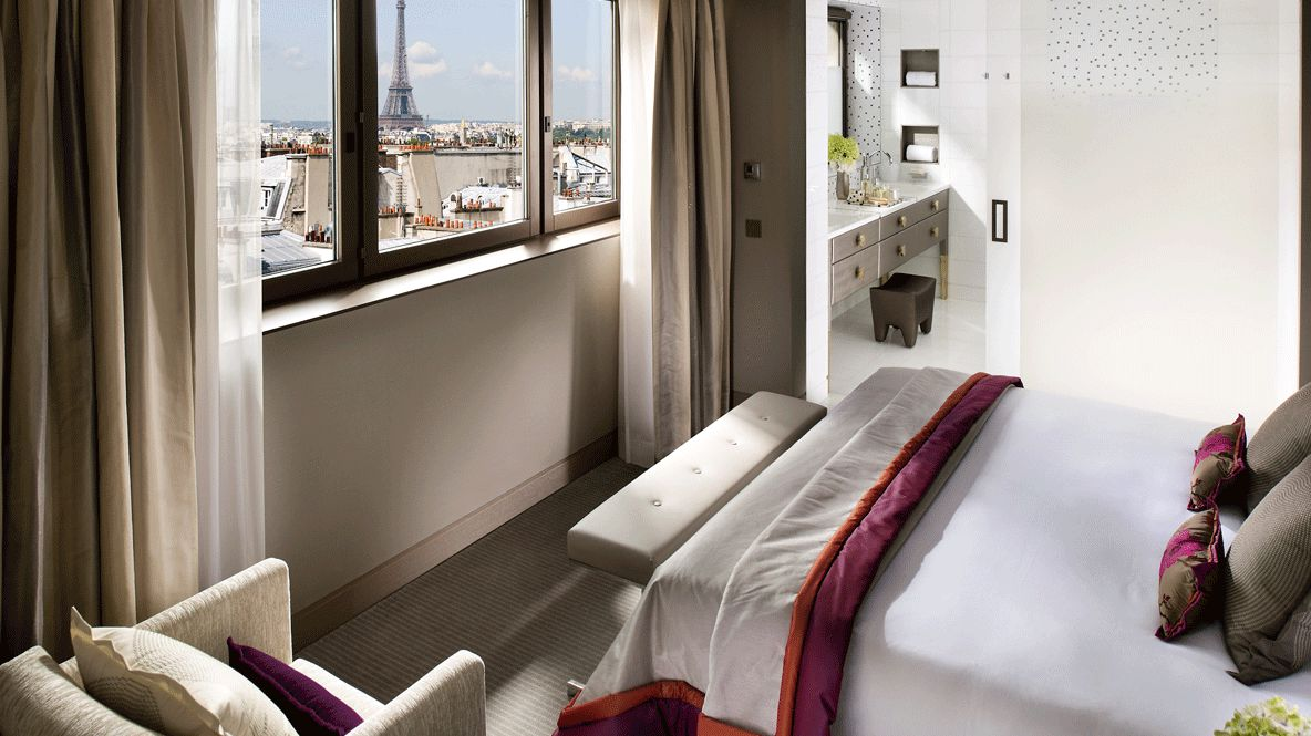 hotels in heaven mandarin oriental paris room bed view tour eiffel