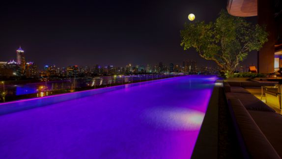 hotels in heaven sofitel bangkok terasse pool outdoor night purple light tree