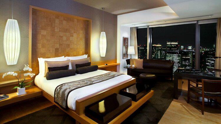 bedroom suite with a view-mandarin oriental tokyo