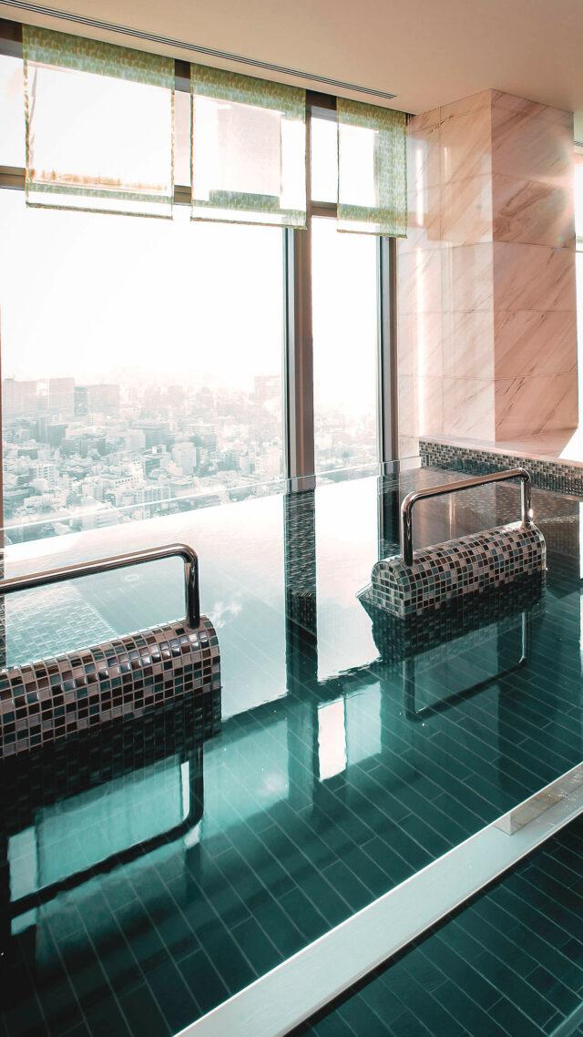 infinity pool view-mandarin oriental tokyo