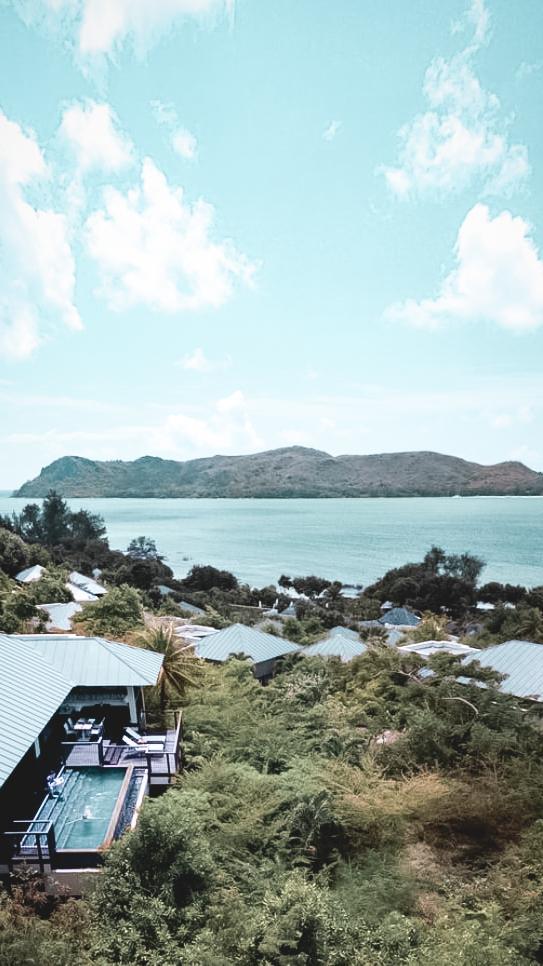 hotel view ocean-raffles seychelles