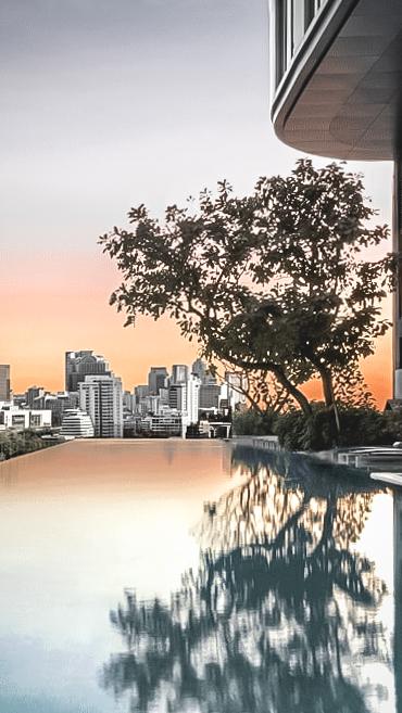 infinity pool city view sunset-sofitel bangkok