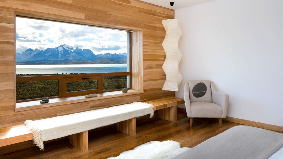 bedroom with glacier view-tierra patagonia chile