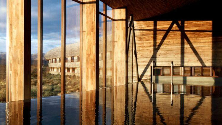 indoor infinity pool-tierra patagonia chile