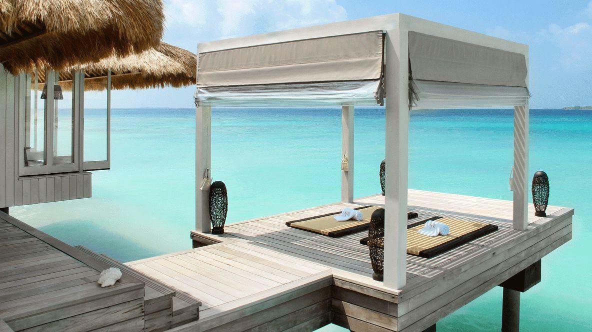 cabana yoga spot-cheval blanc randheli maldives