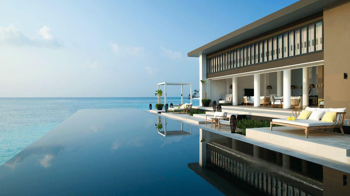 infinity pool villa-cheval blanc randheli maldives