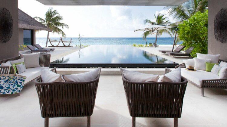 cheval-blanc-randheli-maldives-poolside