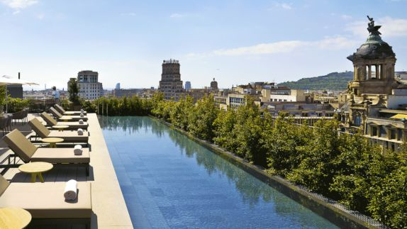 hotels in heaven mandarin oriental barcelona location accommodation view pool water sky city side lounger towels