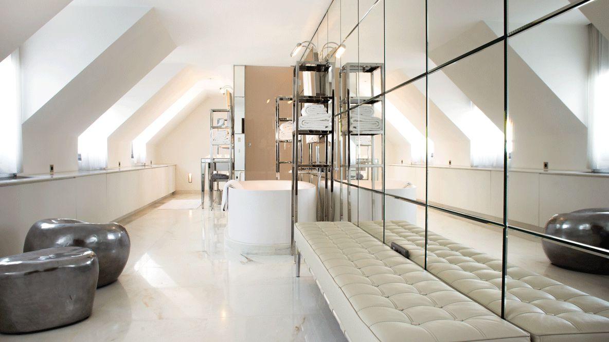 bathroom-le royal monceau raffles paris