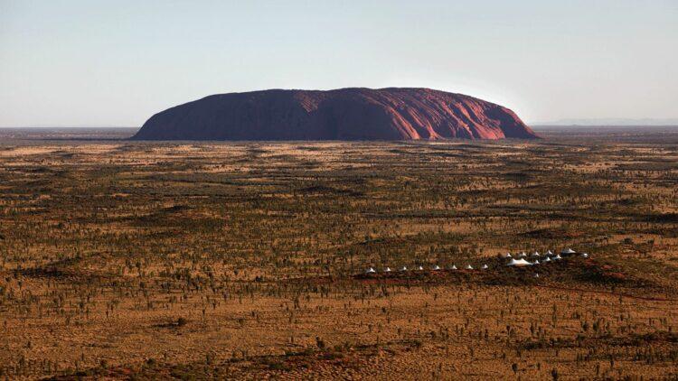 longitude-131°-australia-ayers-rock
