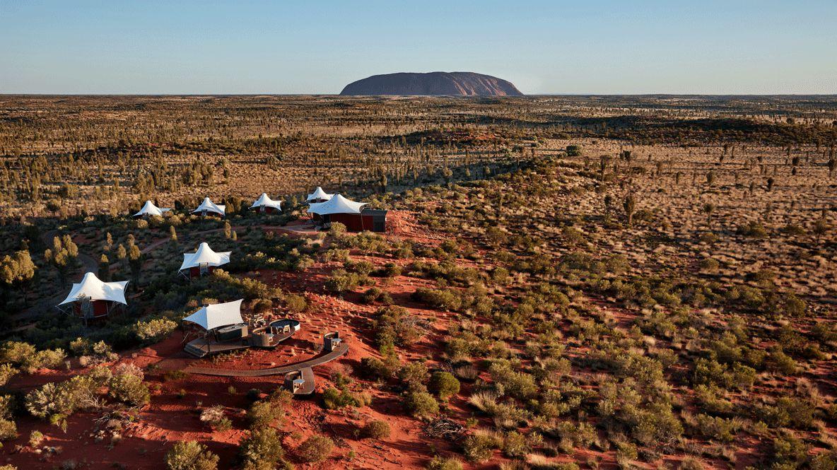 overview ayers rock-longitude 131° australia