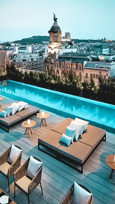 rooftop pool-mandarin oriental barcelona