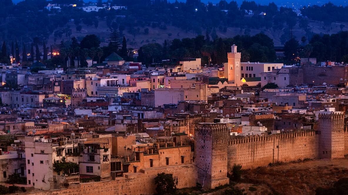 riad-noir-divoire-marrakech-city-view-night