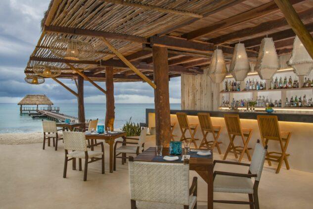 beach bar-viceroy riviera maya mexico