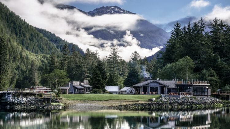 location hotel-clayoquot wilderness resort canada
