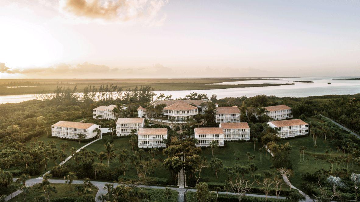 Hi 055026_93608871 Verandah buildings hotels in heaven luxury hotels sea location houses meadow nature sky clouds palm tree way