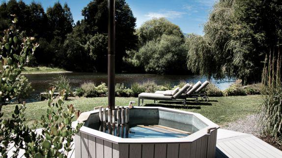 Hot tubs deckchair meadow lake tree nature plants green luxury water vira vira hotels in heaven