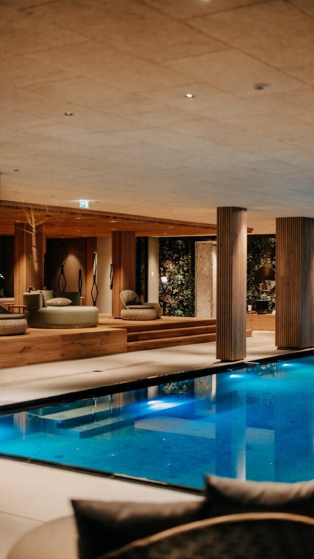 Naturhotel-Forsthofgut_Indoor_Pool_mobile