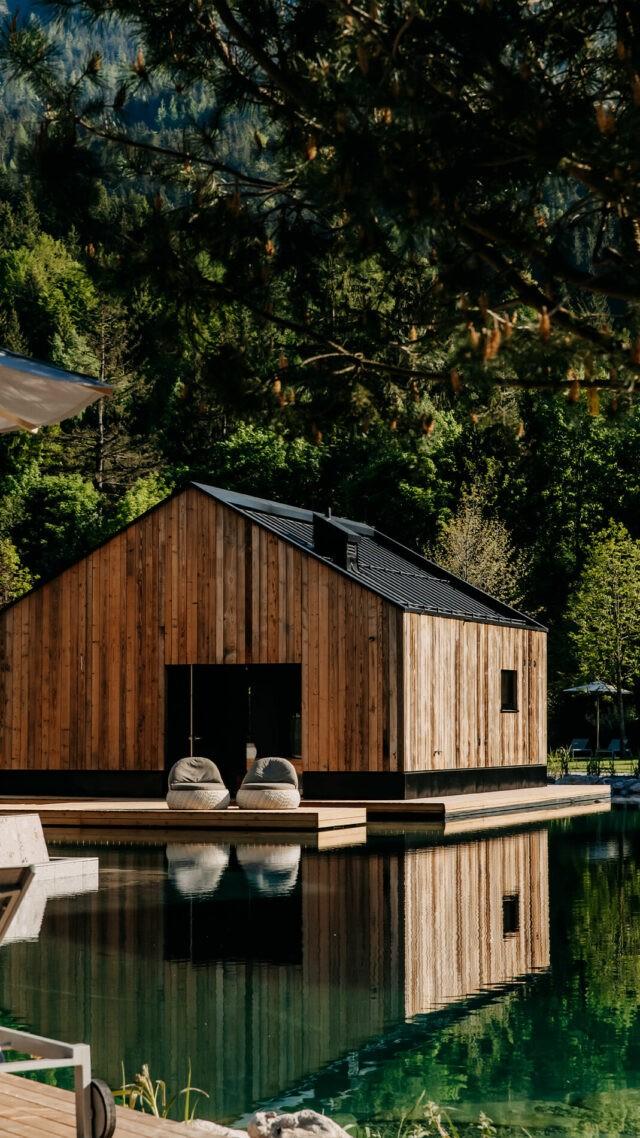 Naturhotel-Forsthofgut_Seehaus_pond_mobile