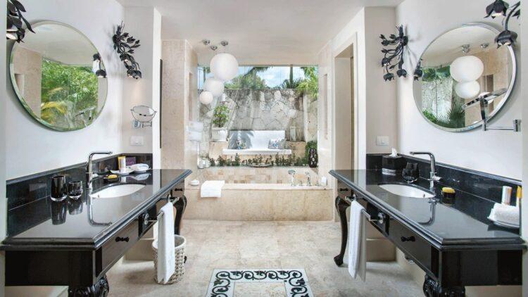 spacious bathroom-al maha desert resort uae