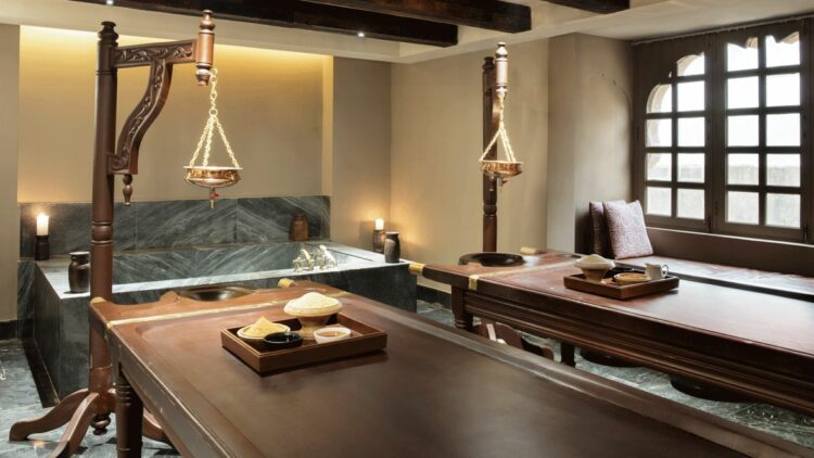 hotels in heaven Alila Fort Bishangarh wellness pools spa bathtub pillow window candle vase jug powder