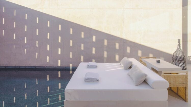 hotels in heaven amangiri utah private pool bed pillow comfortably towel ashtray table sun luxury chair