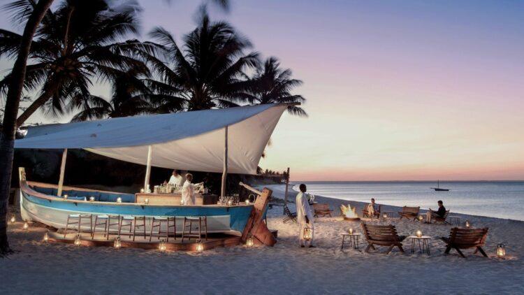 andbeyond-benguerra-island-mozambique-beach-bar