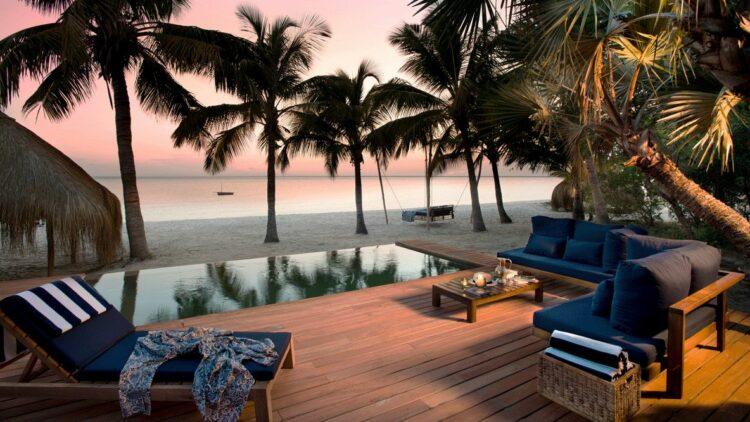 andbeyond-benguerra-island-mozambique-ocean-view-poolside