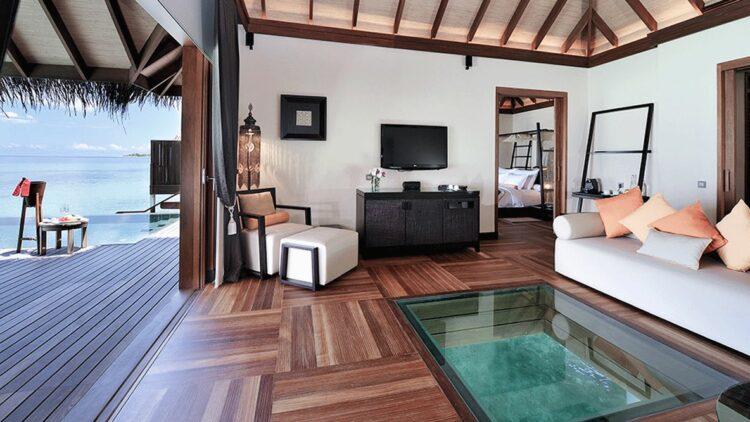 water villa with glass floor-ayada maldives