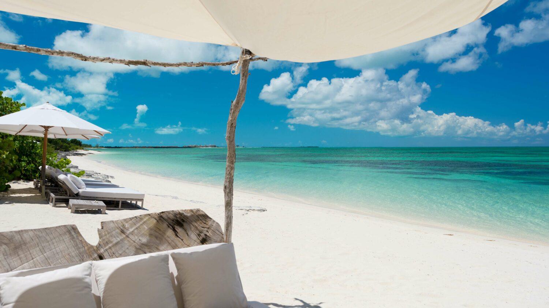 private beach-como parrot cay turks and caicos