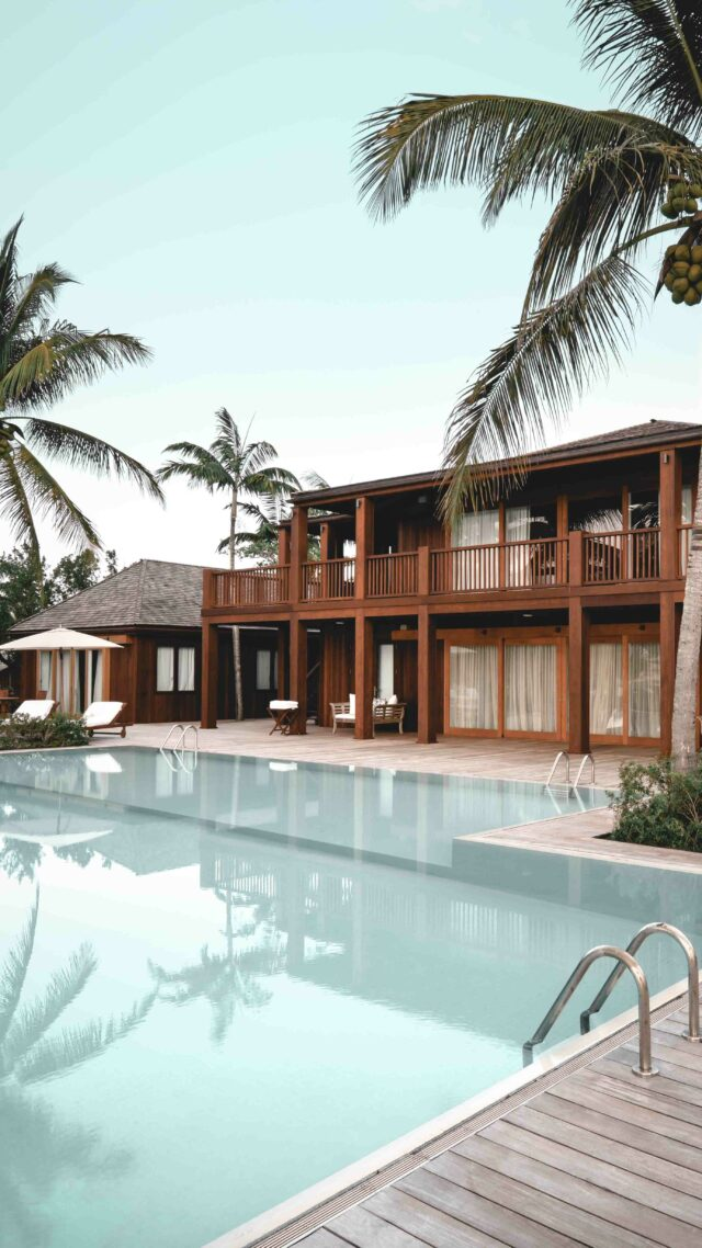 villa with pool-como parrot cay turks and caicos