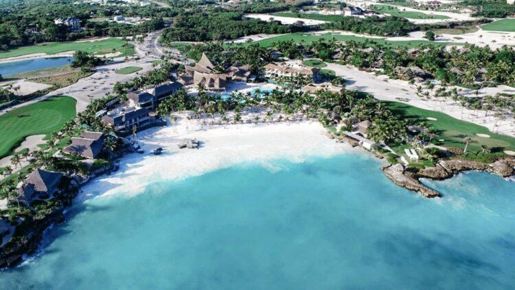 private beach hotel-eden roc cap cana dominican republic