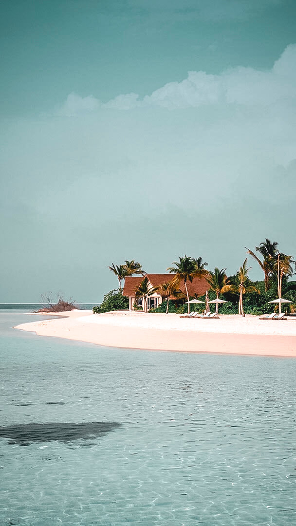 private island-four seasons private island at voavah