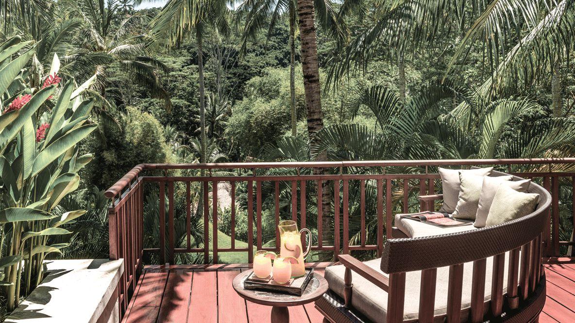 balcony jungle view-four seasons resort bali at sayan