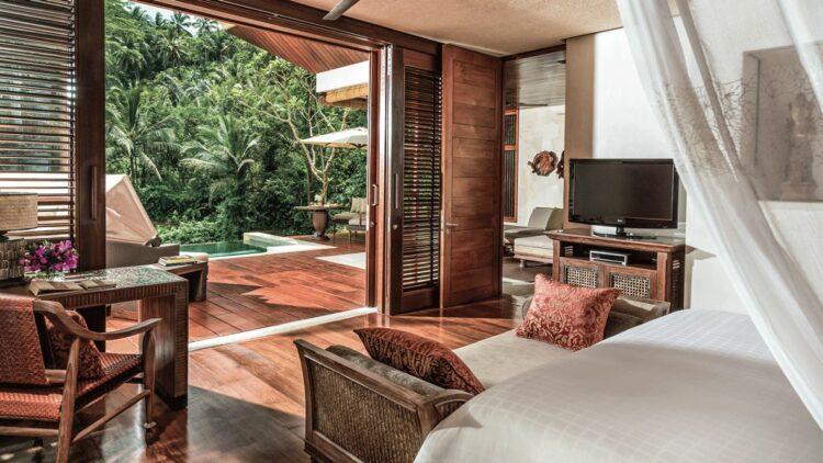 suite with pool-four seasons resort bali at sayan